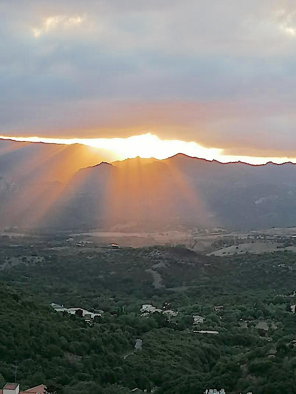 Coucher de soleil sur la vallée d'Oletta (Ketty Monti)
