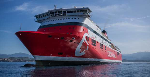 Le navire Jean-Nicoli bloqué dans le port d'Ajaccio