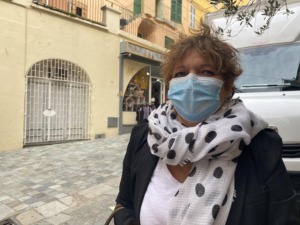Anne-Régine, 67 ans.