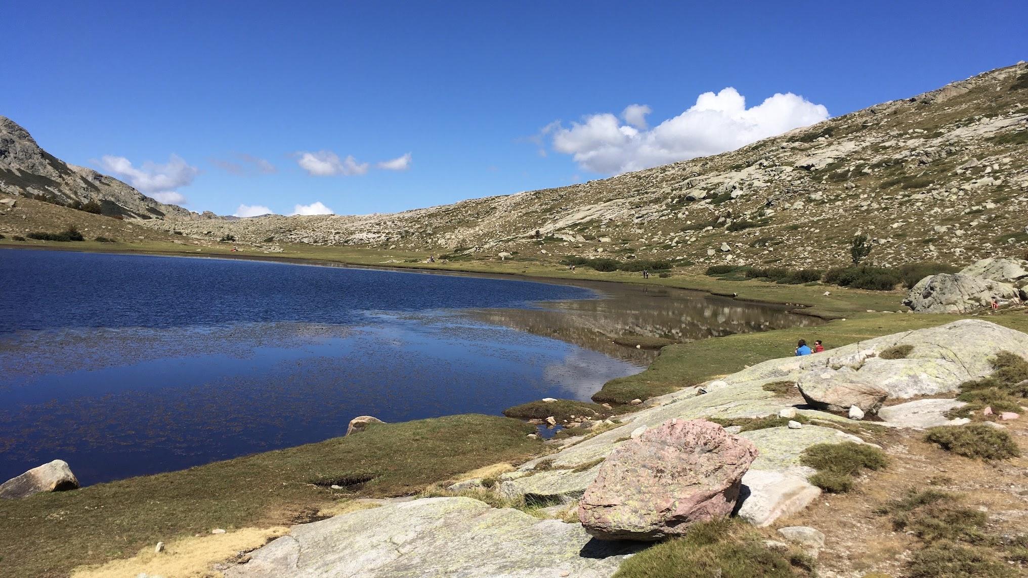 Le lac de Ninu avant le récent coup de froid (Photo Apantonio)