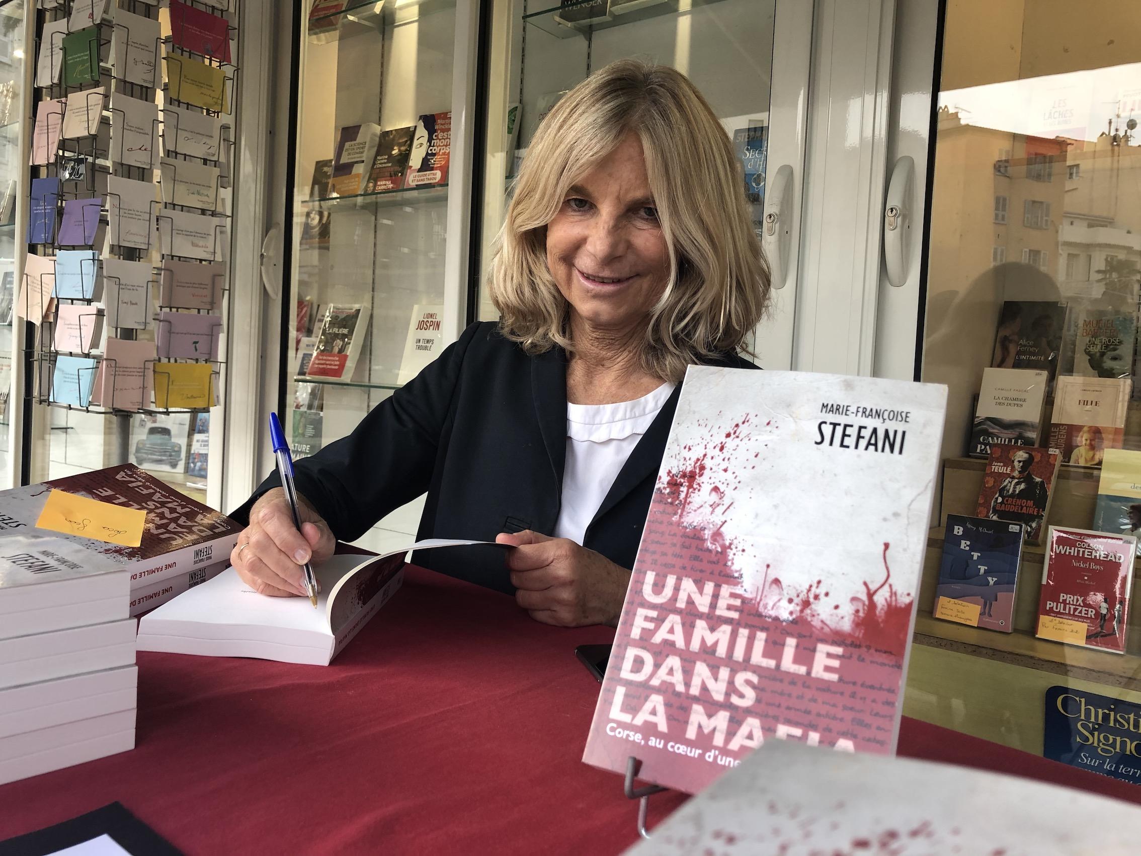 """Marie-Françoise Stéfani journaliste et auteur de """"Une famille dans la mafia"""" ©Michel Luccioni"""