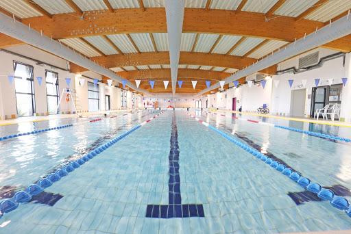 La piscine du complexe sportif Calvi-Balagne fermée, les activités terrestres sous condition