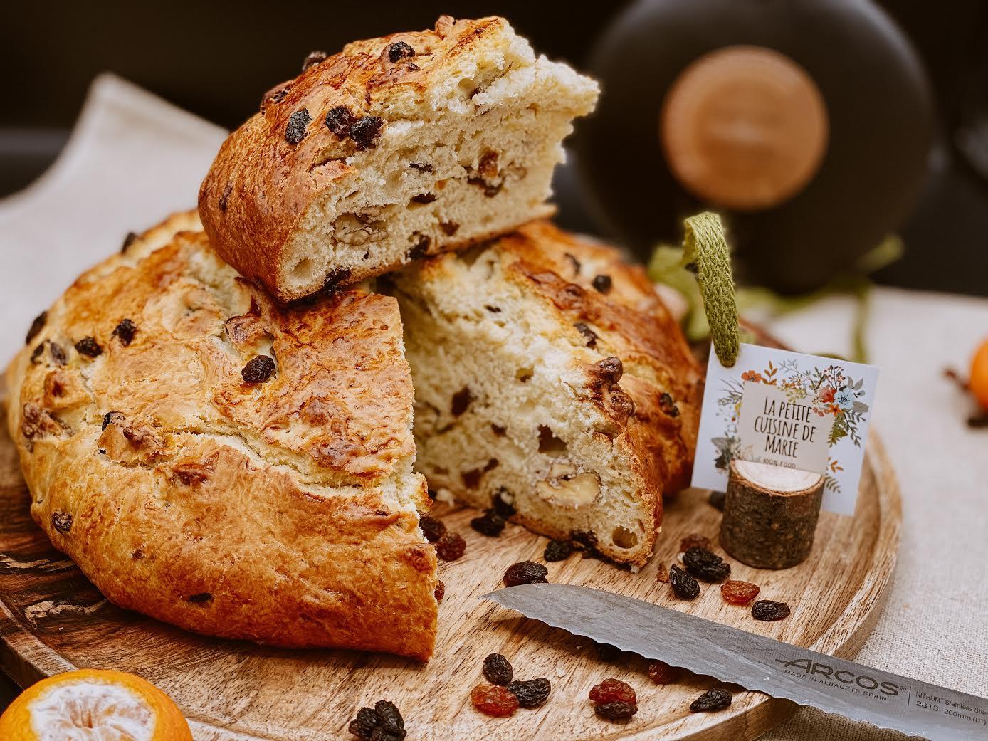 A table : le pain des morts avec… La petite cuisine de Marie