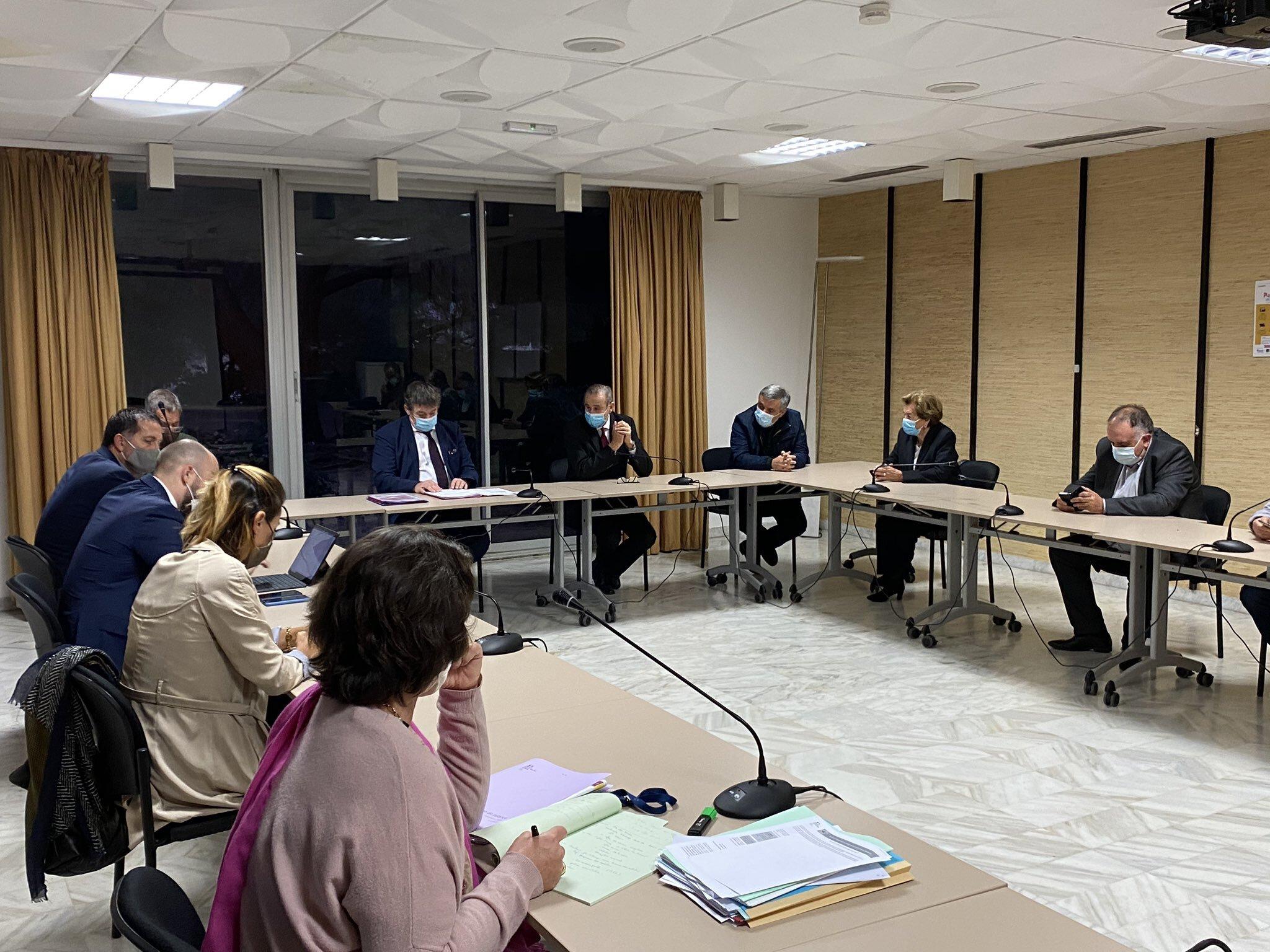 Une délégation composée du bureau de l'association des maires de Haute-Corse et des présidents d'EPCI a été reçue à la préfecture de Bastia ce lundi 9 novembre. Photo préfecture d cela Haute-Corse
