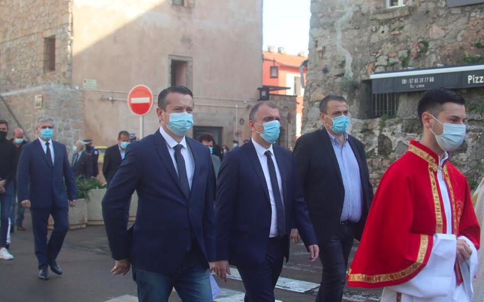 Le maire de Porto-Vecchio Jean-Christophe Angelini et le député de la Corse du Sud, Paul-André Colombani étaient présents parmi d'autres autorités civiles à la cérémonie
