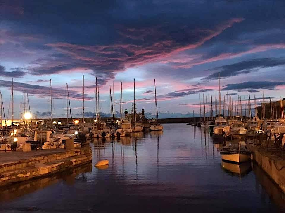 La photo du jour : le vieux-port de Bastia tranquillement assoupi