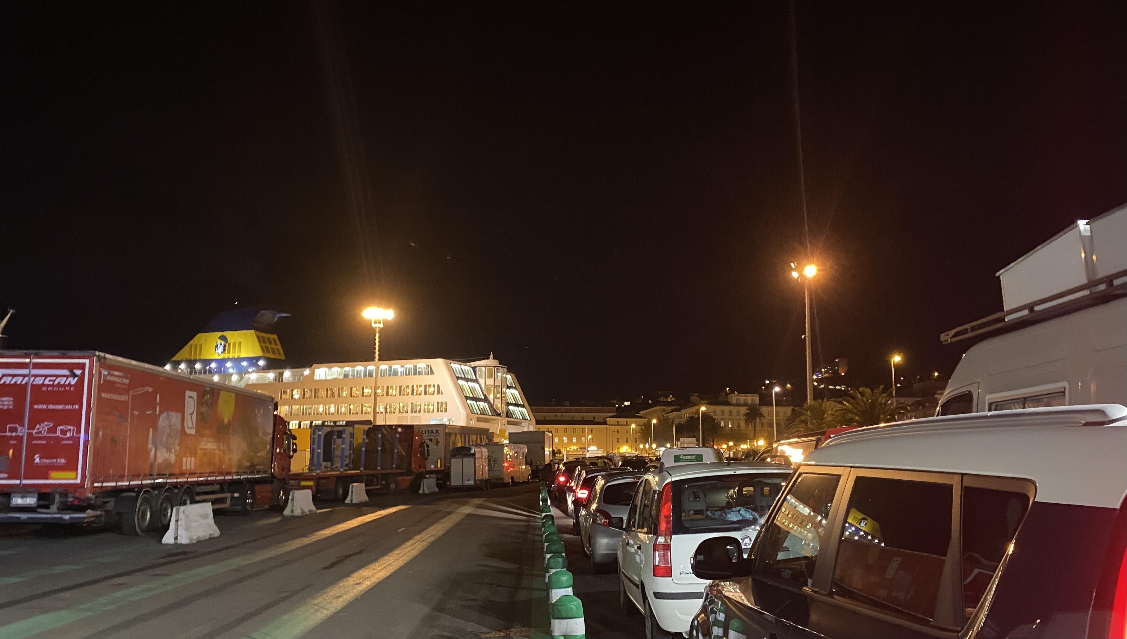 Test covid obligatoire entre la Corse et l'Italie : les contrôles sont-ils vraiment en place ?