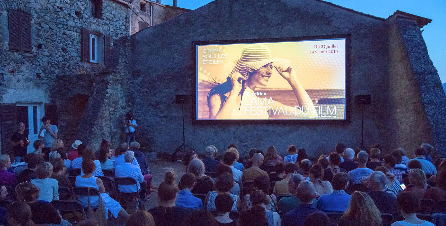 Le site de l'Umbria au cœur du village accueille chaque année la compétition des films corses