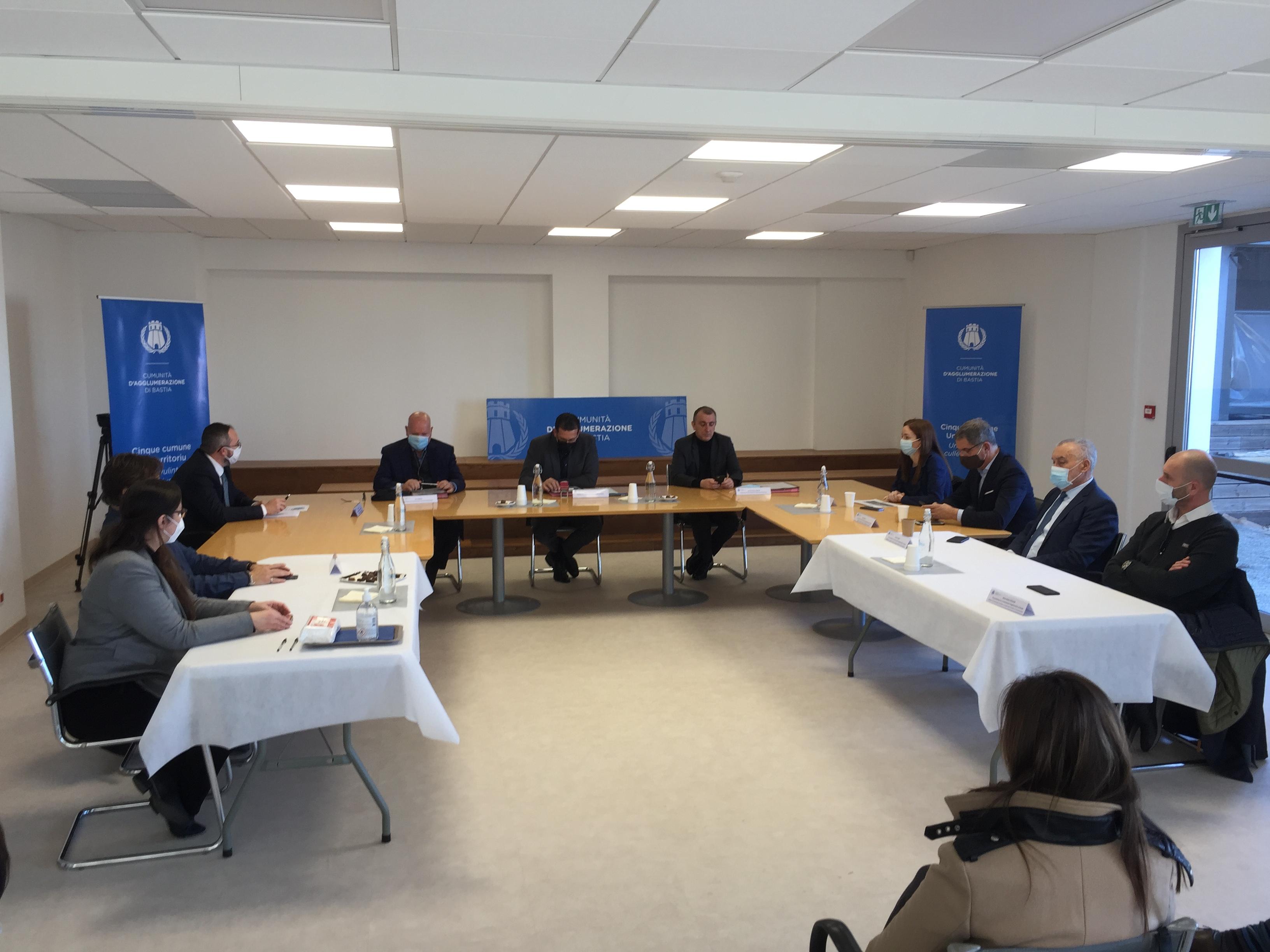 Environnement : signature à Bastia de la charte du plan de climat d'Air-Energie Territorial