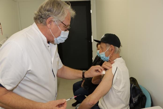 La campagne de vaccination assurée au CH Calvi-Balagne par le Dr Roche