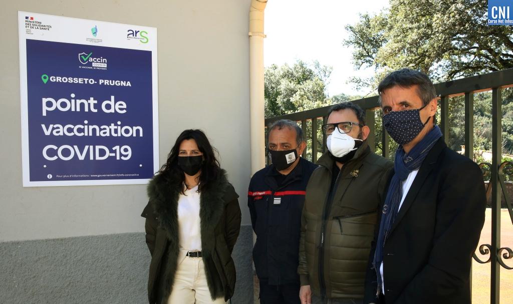 L'ouverture du centre de vaccination ce mardi en présence de Valérie Bozzi, maire de Grosseto-Prugna et présidente de la communauté de communes de la Pieve d'Ornano. Photos Michel Luccioni