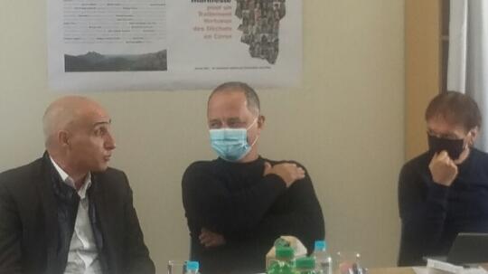 """""""Manifeste des 100 à Moncale"""" : mobilisation pour une autre gestion des déchets"""