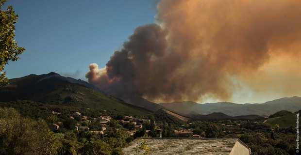 Incendie dans le Nebbiu. Photo JB Andreani.