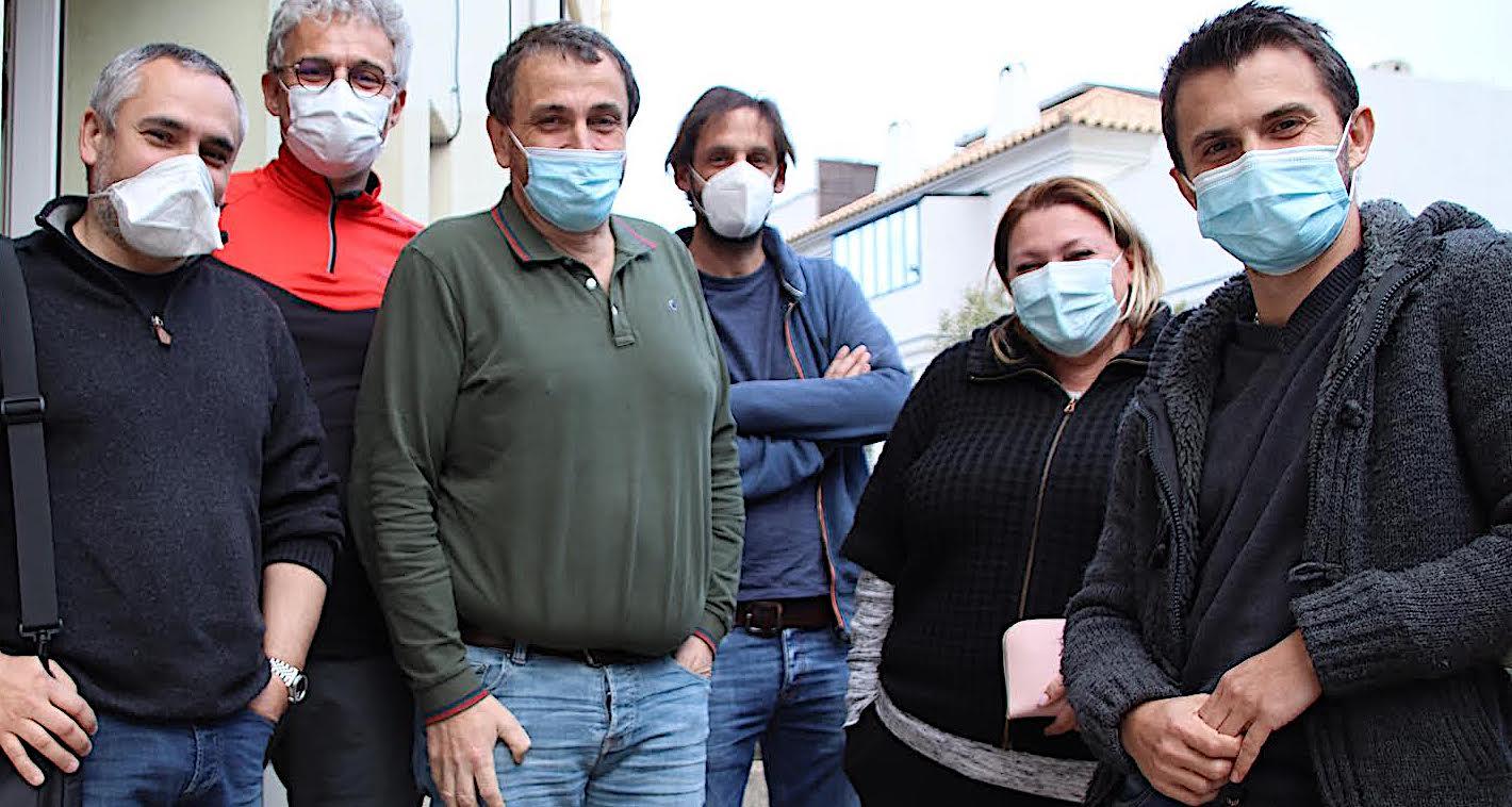 """Paul-André Colombani (3e à partir de la gauche) : """"dans la région porto-vecchiaise, nous avons, à ce jour, procédé à 10.000 injections entre la première et la deuxième dose"""