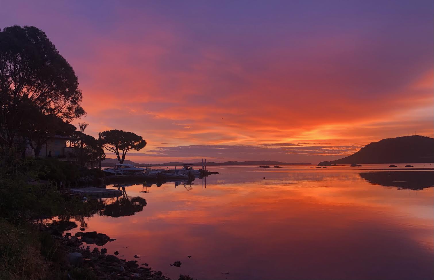 La photo du jour : quand le soleil se lève sur Porto-Vecchio