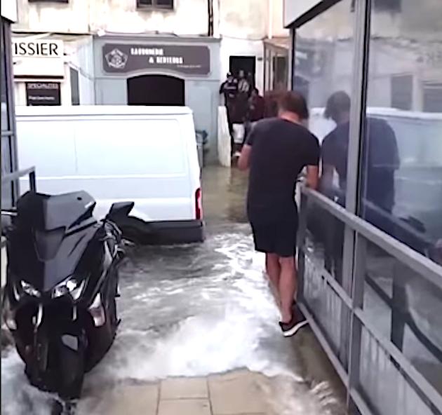 Marée d'équinoxe à Bonifacio : la municipalité va engager une procédure de catastrophe naturelle