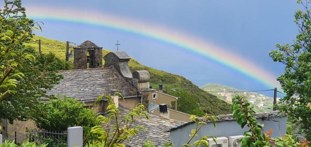 La photo du jour : l'arc-en-ciel de Santa Lucia di Silgaghja