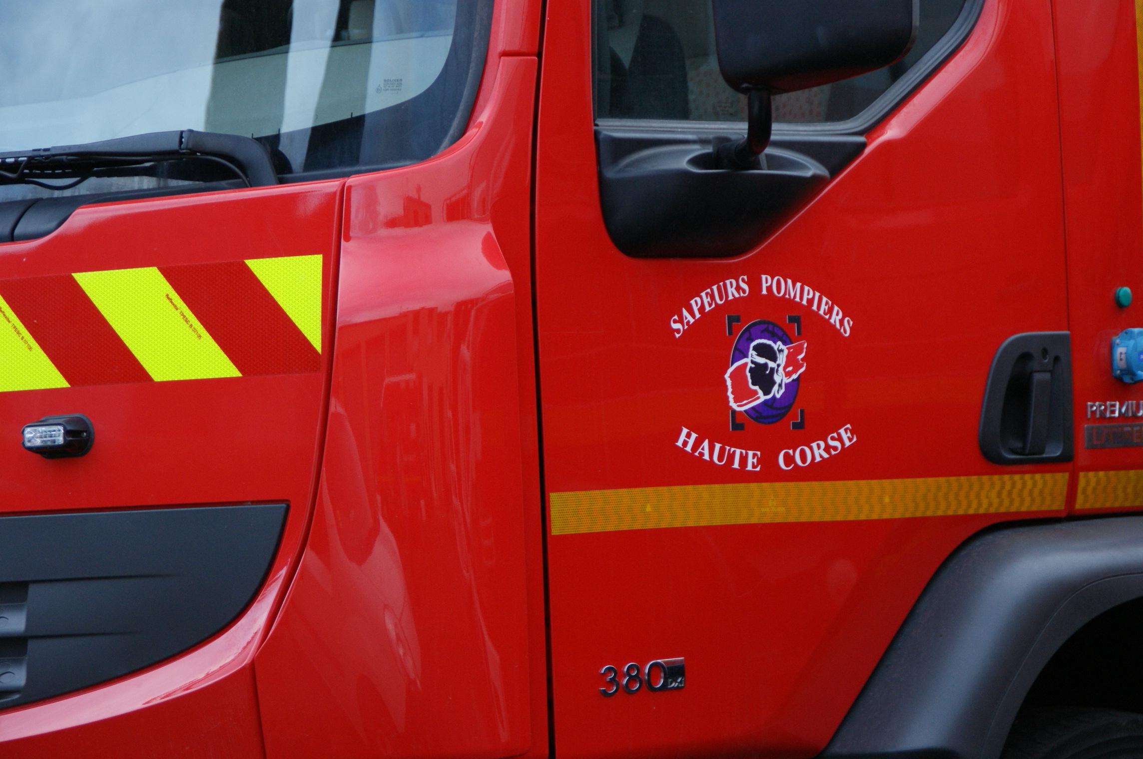 Bastia : Deux voitures endommagées par un incendie