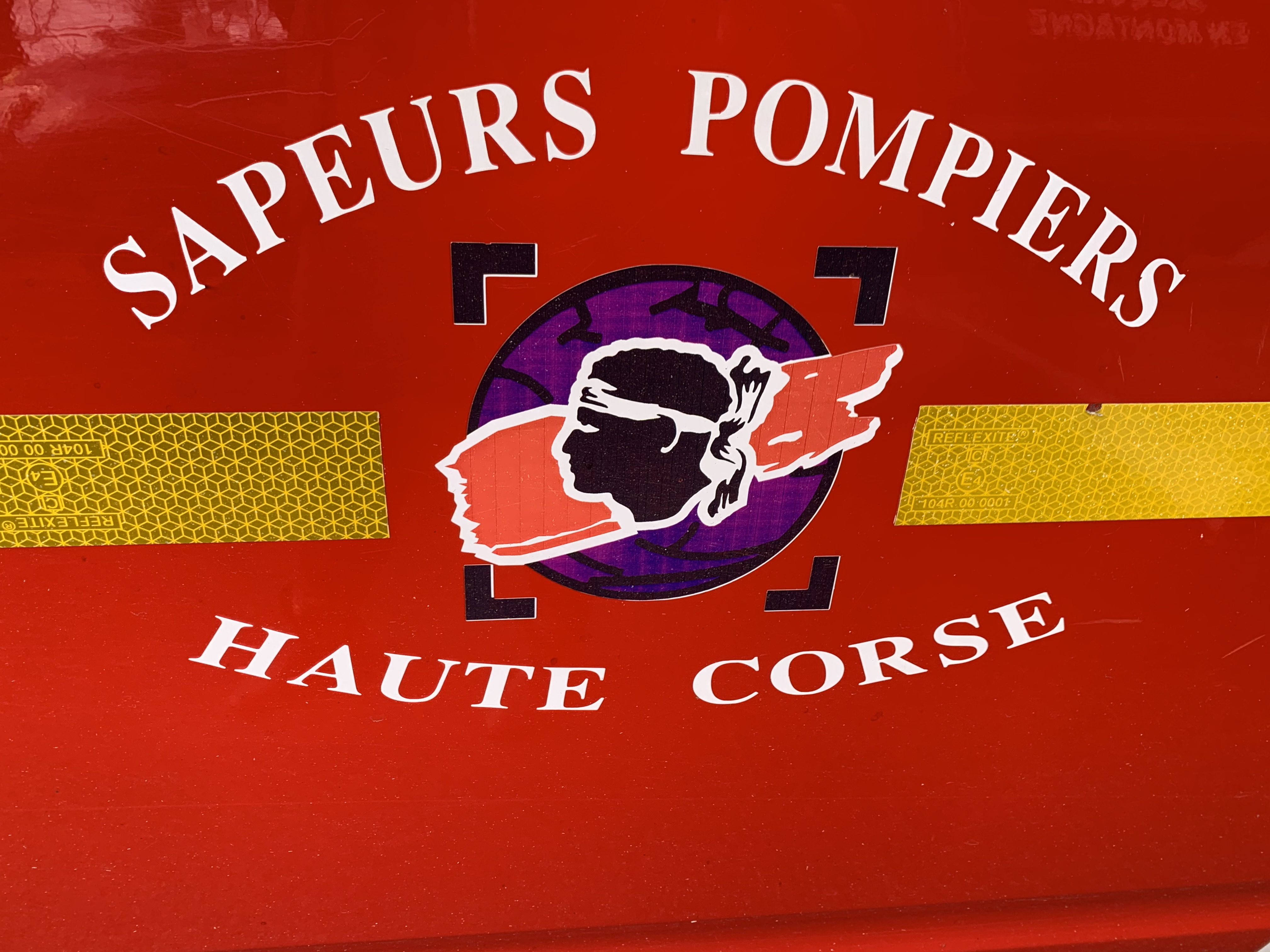 Tallone : un feu détruit 1600 m2 de broussailles