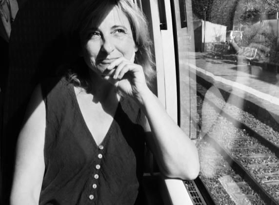 « Cargèse n'oublie jamais », le thriller identitaire d'Isabelle Chaumard