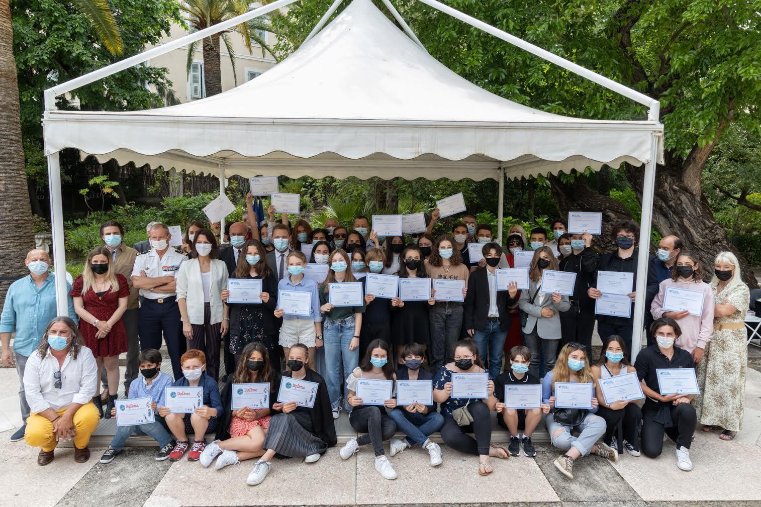 Petits artistes de la mémoire : remise des prix à la préfecture de Corse-du-Sud