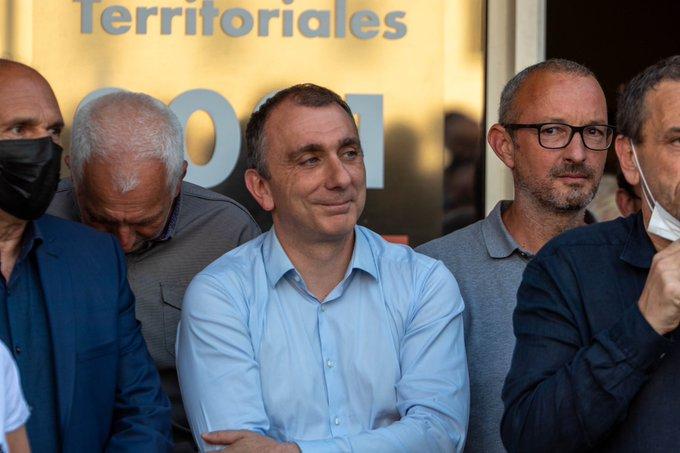 Meeting à Portivechju.