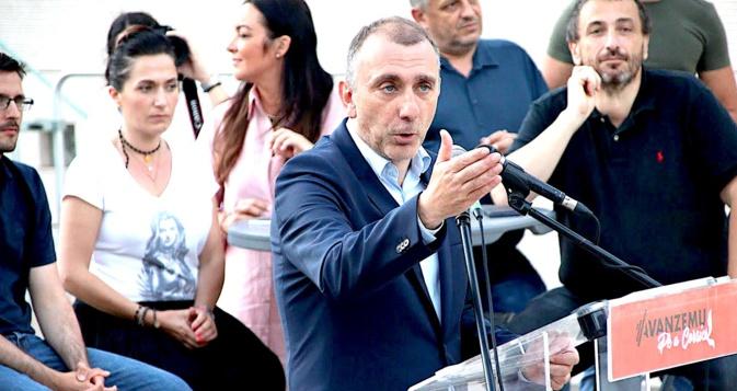 Jean-Christophe Angelini et les élus de Corsica Libera, dernier meeting à Portivechju. Photo CNI.