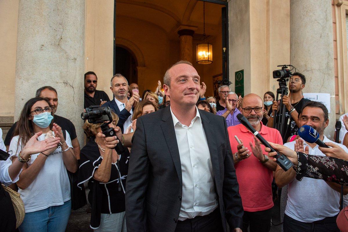 Laurent Marcangeli à Aiacciu à l'annonce des résultats.
