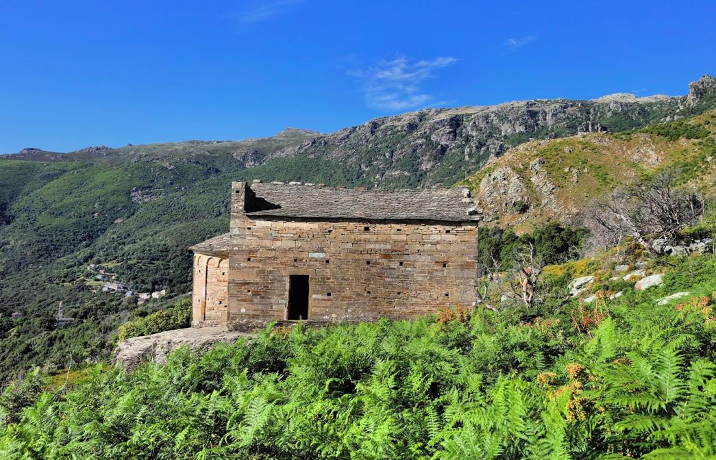 l'eglise de Saint Michel - Photo  Hyacinthe Sambroni