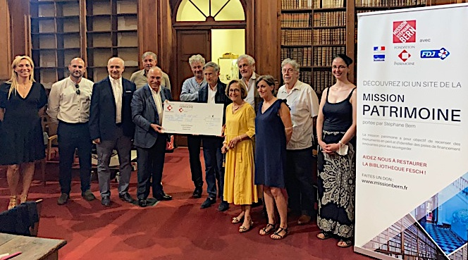 Le Club des Mécènes de Corse a offert un chèque de 3760 euros à la Bibliothèque Fesch. Photo : Julia Sereni