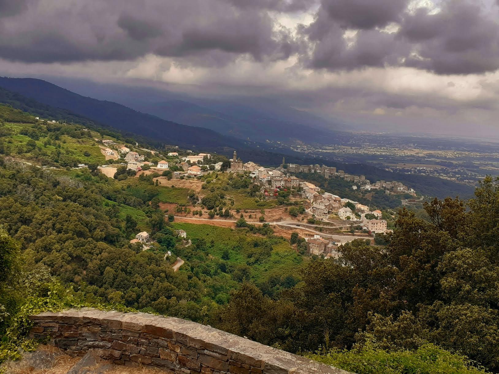 Sorbo Ocagnano e A Vinzulasca visti dà A Penta di Casinca (Françoise Geronimi)