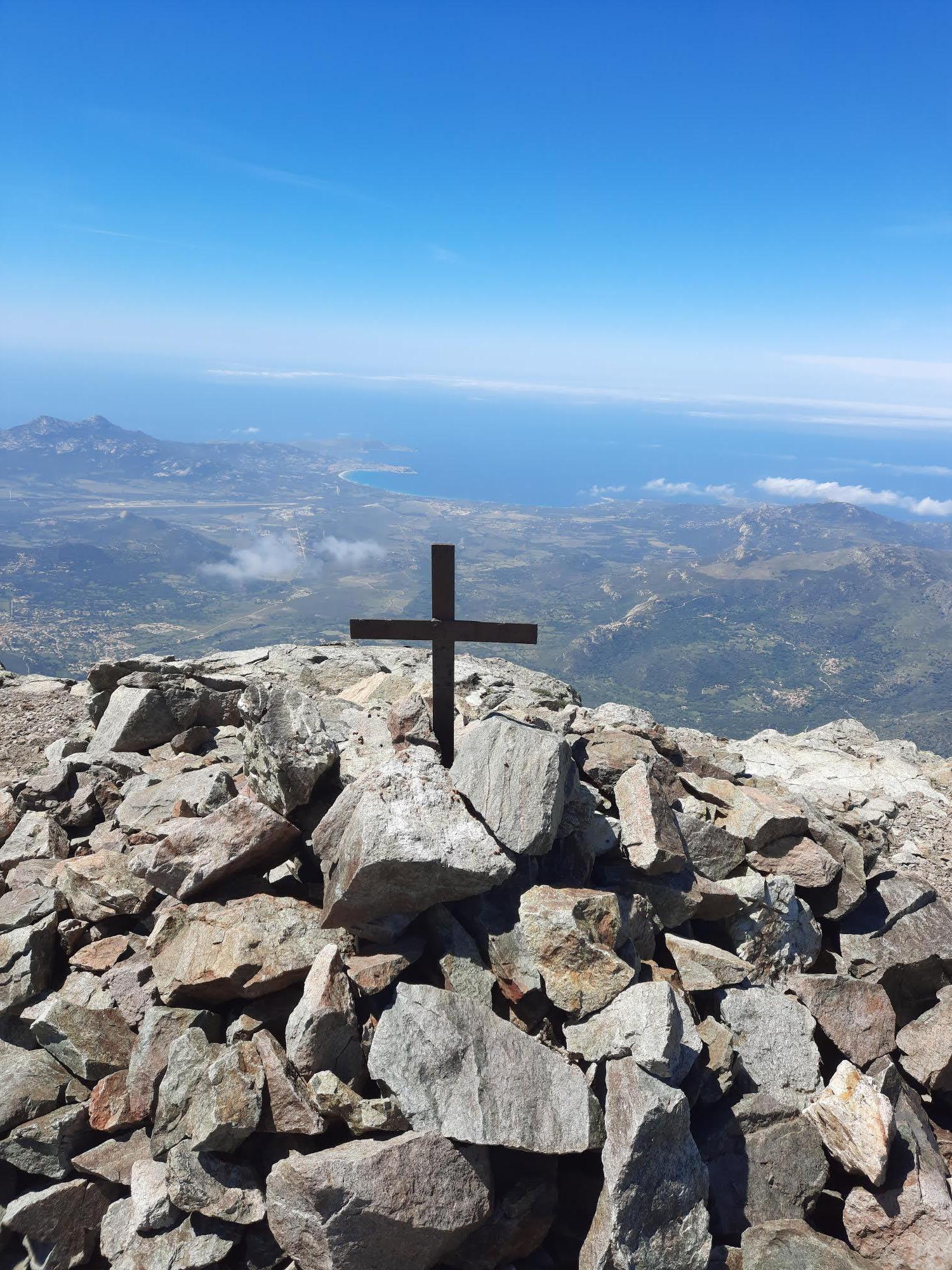 La photo du jour : au sommet du Montegrossu