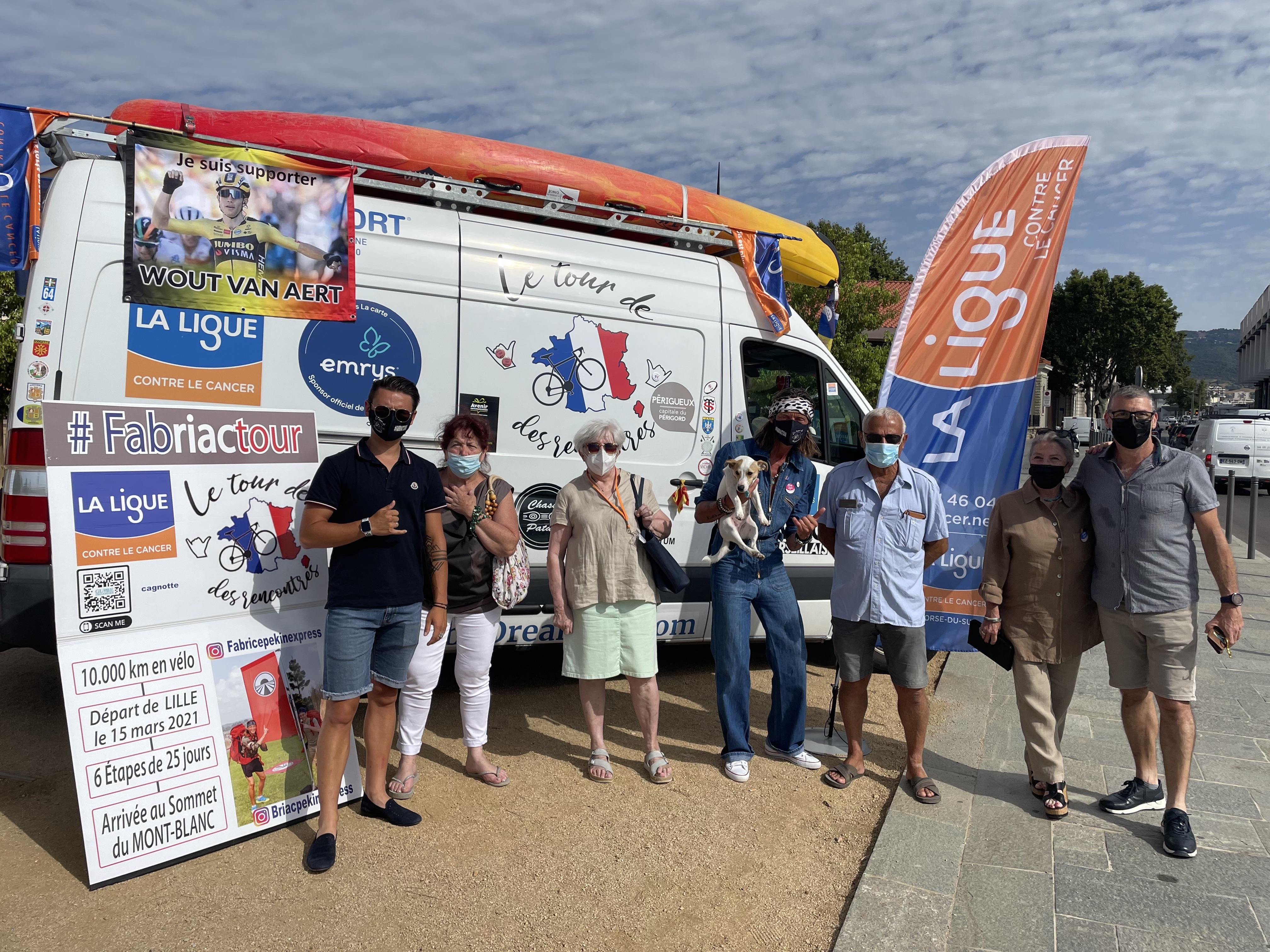 Fabrice et Briac à la rencontre de la ligue contre le cancer de Corse-du-Sud.