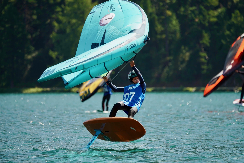 https://www.bonifacio-windsurf.com