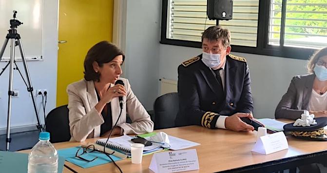Nathalie Elimas et François Ravier, préfet de Haute-Corse pendant la table ronde sur la cité éducative de Bastia. (Photo Pierre-Manuel Pescetti)