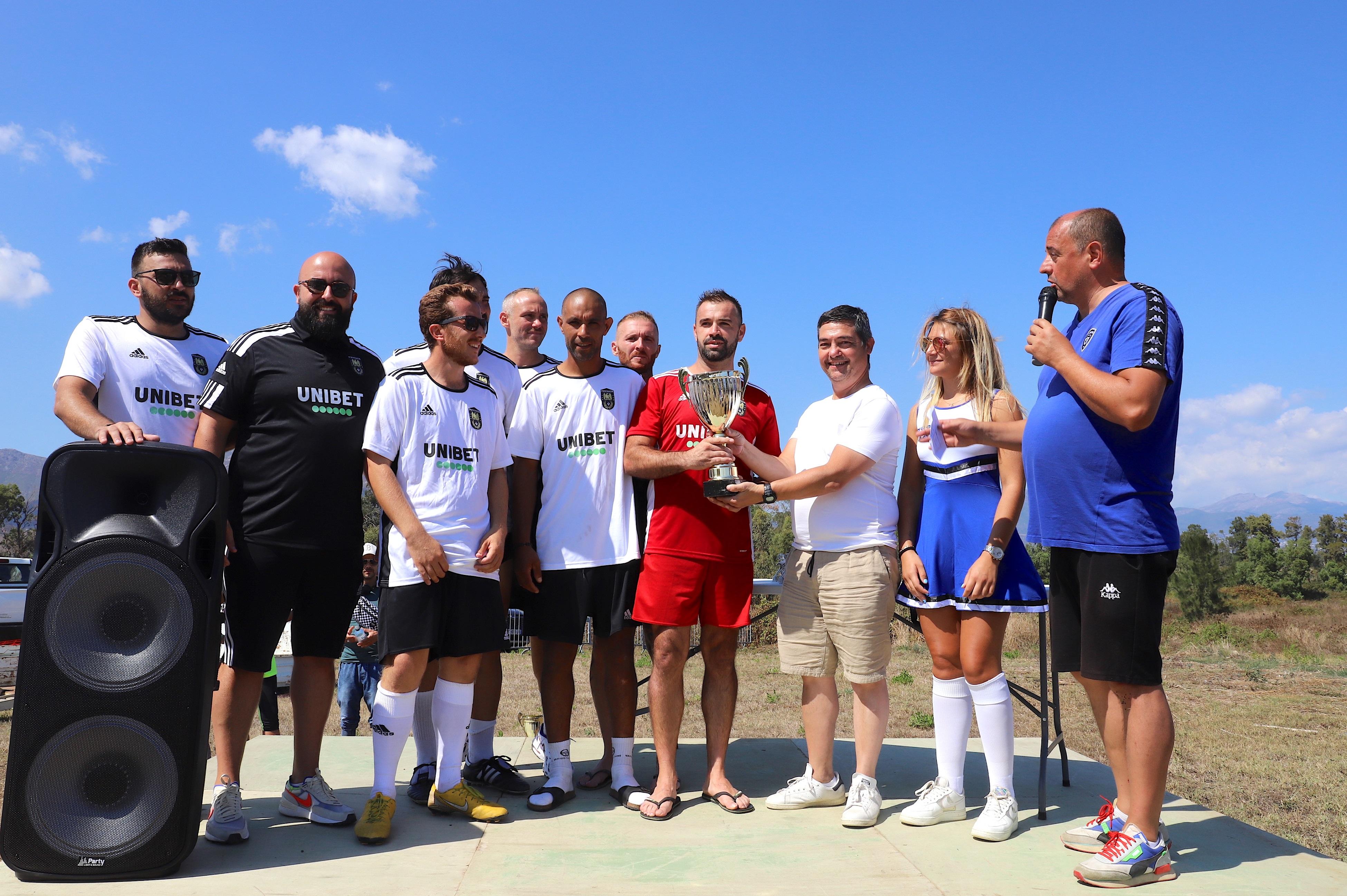L'AS Aiaccinu vainqueur du trophée remis par P.-P. Plaza