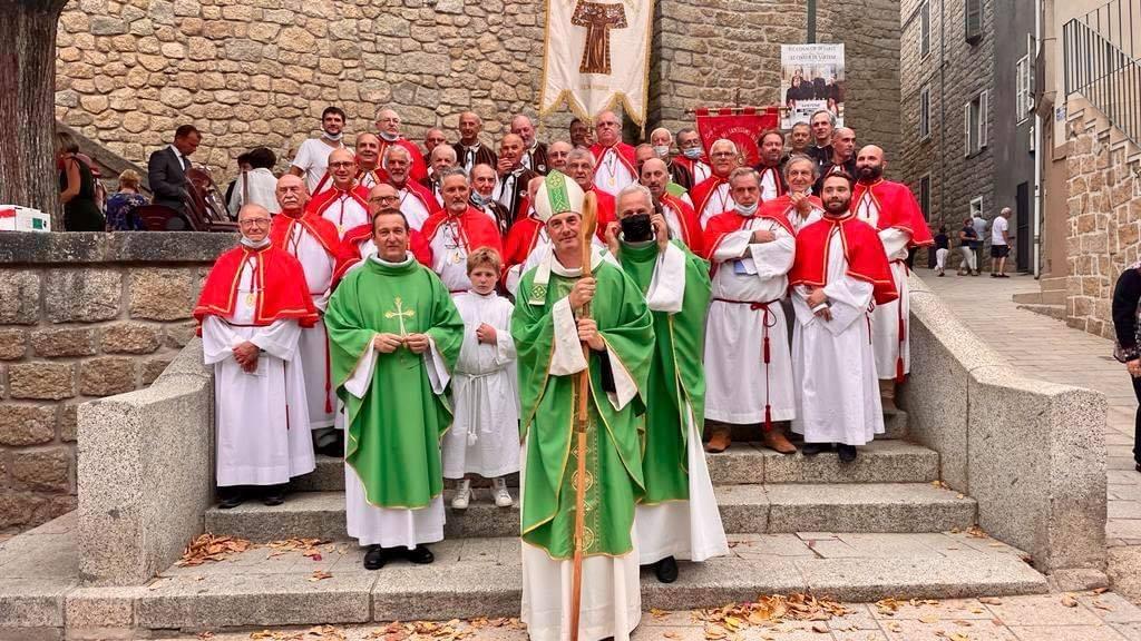 Installation du Père Grégoire et du Père Bertoni le 26 septembre dernier.
