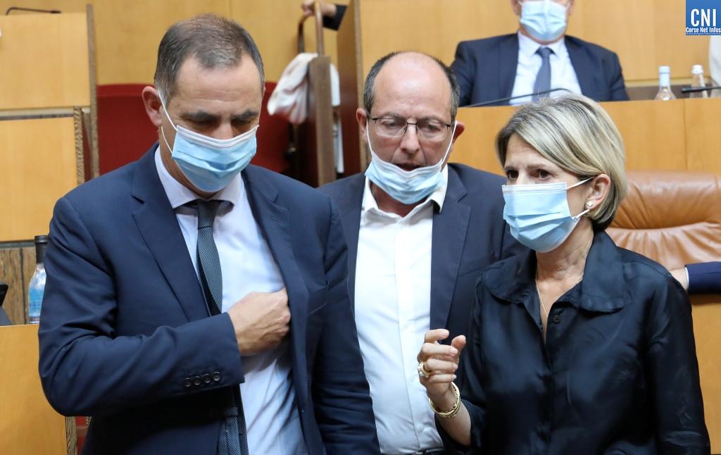 Gilles Simeoni, Paul-Félix Benedetti et Nanette Maupertuis. Photo Michel Luccioni.