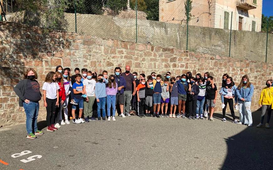 Frédéric Poggi et Xavier Tavera ont passé la matinée à échanger avec les élèves de 5e, 4e et 3e sur différents sujets