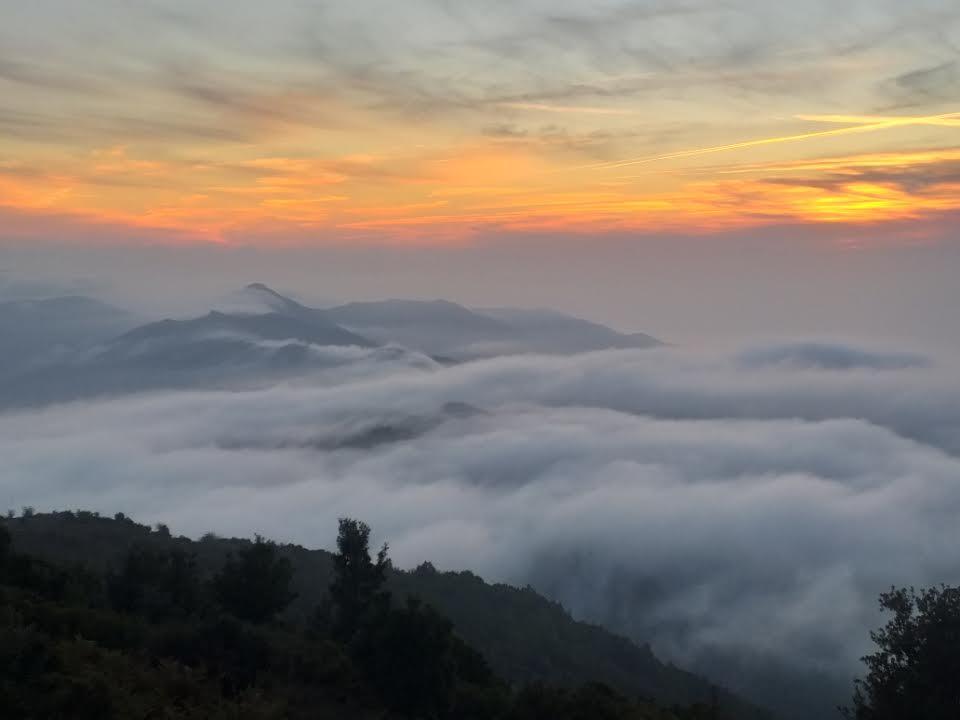 Quand le soleil se couche sur Sagone...à travers les nuages de Sant'Eliseu... (Raphaël Vesperini)