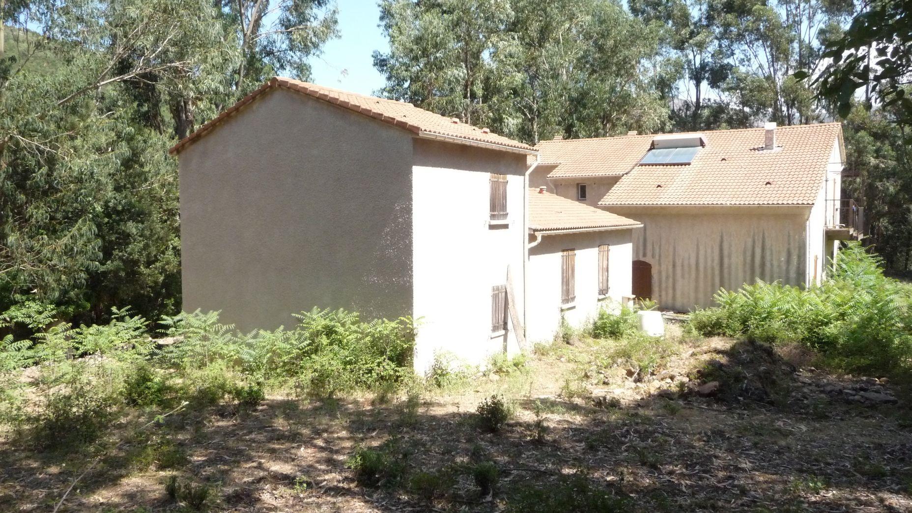 Depuis 1971, l'association loue l'ancienne maison cantonnière de Piriu, dans la vallée du Fangu, transformé en laboratoire d'écologie. (Photo APEEM)