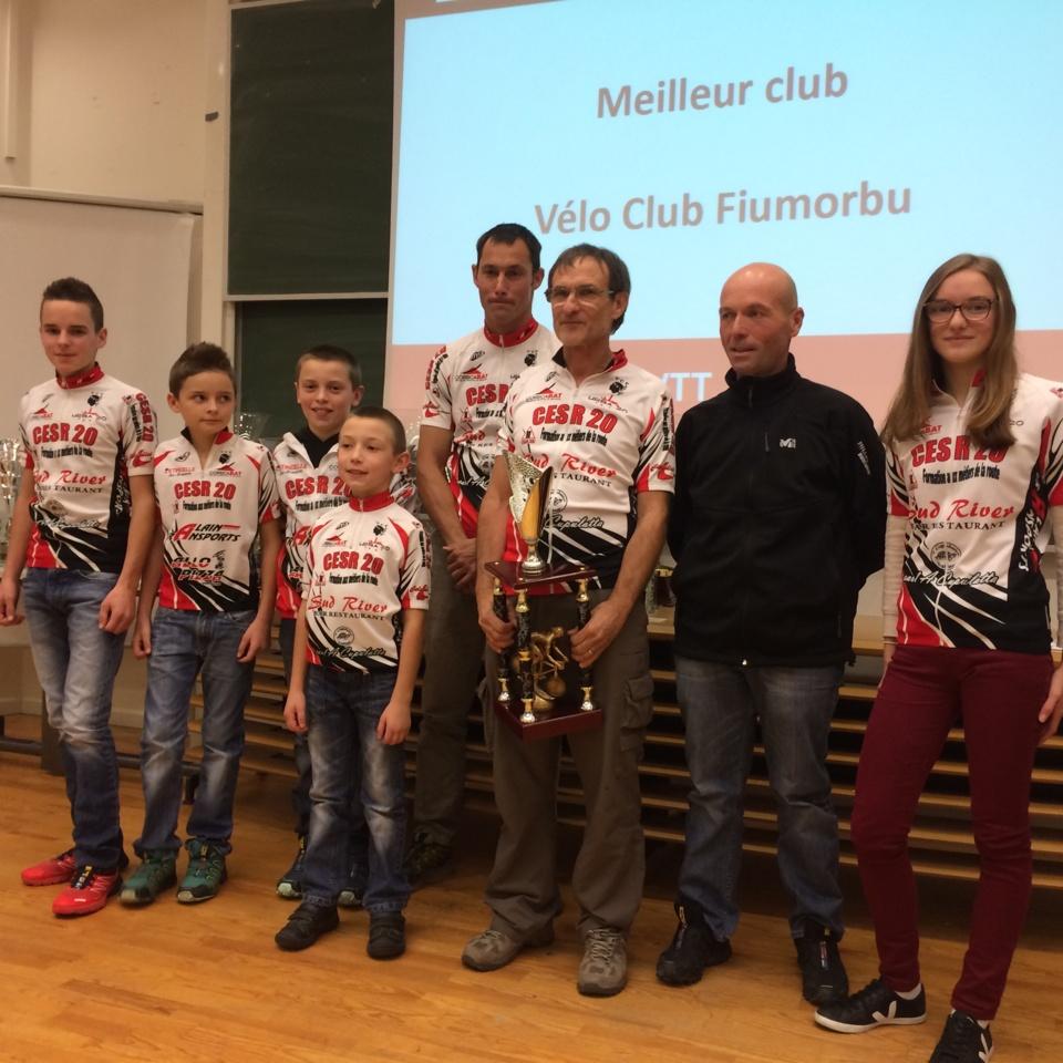 Le VCF a remporté le trophée par équipe adultes et jeunes. (Photo SG)