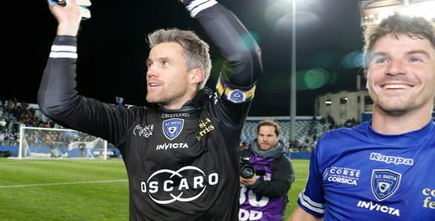 Un 602ème match de Ligue 1 pour Landreau et la joie de la victoire partagée avec Yannick Cahuzac