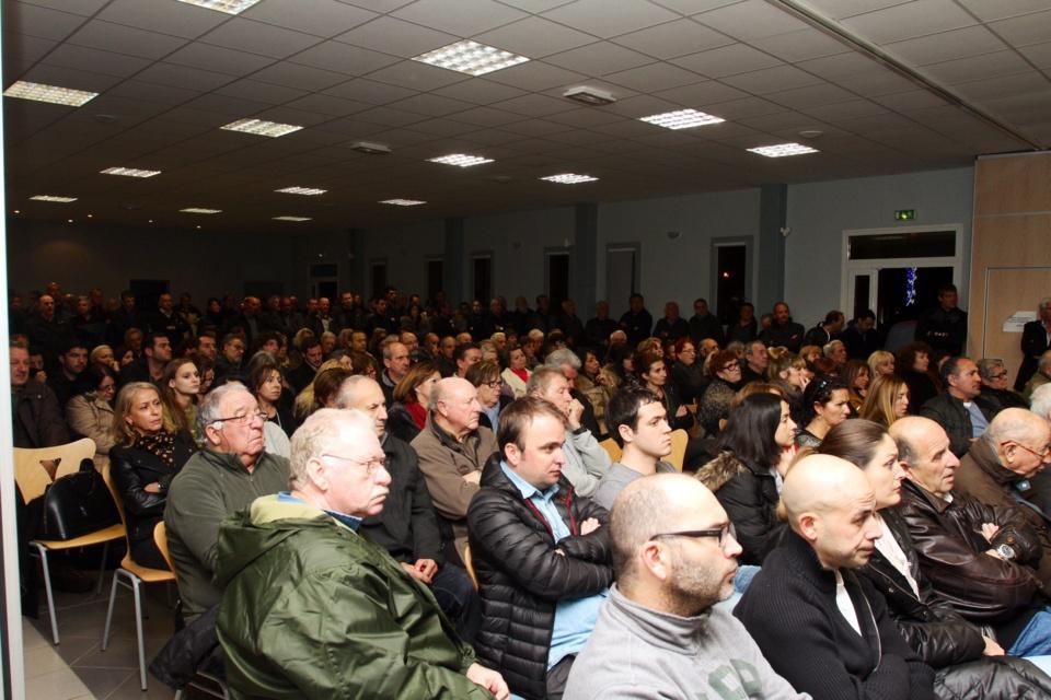 La population locale s'est déplacée en nombre (Photo Stéphane Gamant)