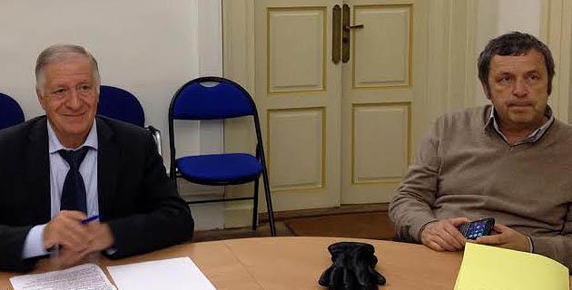 Antoine-Marie Graziani a présenté, jeudi, le manuscrit de l'ouvrage - qui pourrait s'intituler « étude sur la citadelle d'Ajaccio à travers les temps » - en présence du maire d'Ajaccio