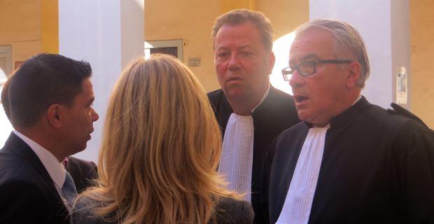 François Levan, entouré de ses avocats, Me Olivier Morice et Me Christian Scolari.