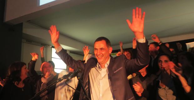 Gilles Simeoni, conseiller municipal Inseme per Bastia, Conseiller territorial Femu a Corsica, candidat à la mairie de Bastia.