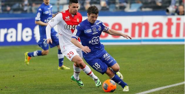 Yannick Cahuzac et le Sporting : A la recherche de constance face à Saint-Etienne