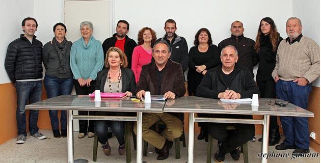 """12 des 23 membres de la liste """"Un Soffiu novu per Prunelli"""" étaient présents lundi soir. (Photo SG)"""