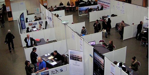 """Lors du """"Job Forum"""" mardi à Ajaccio, 52 entreprises ont proposé 169 offres d'emploi sur toute la Corse. (Photo : Yannis-Christophe Garcia)"""